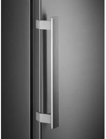 Морозильная камера Electrolux RUT7ME28X2